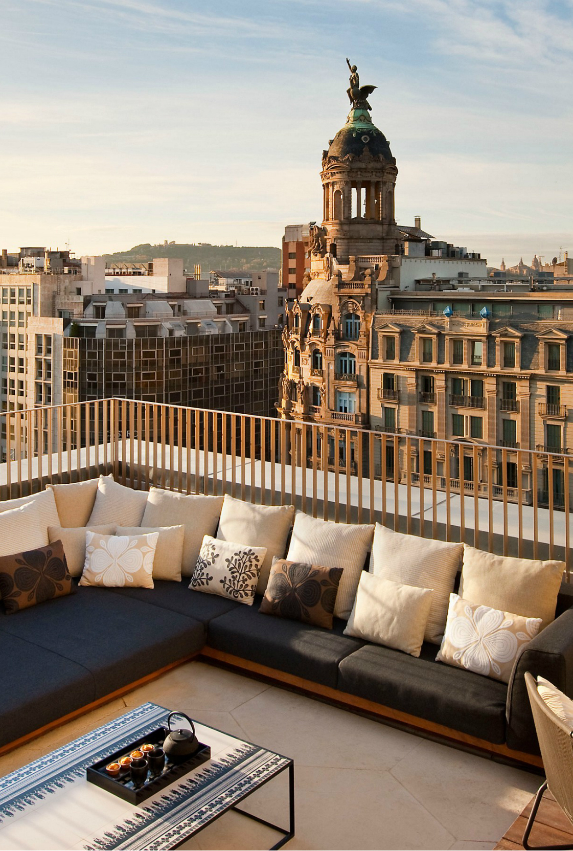 Best 5 Rooftop Bars In Barcelona | Inspirations and Ideas