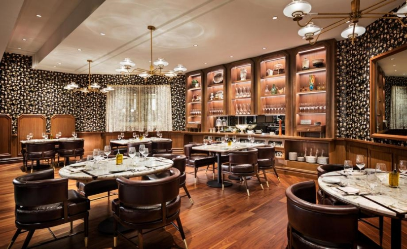 Do You Know The Angeline Restaurant In Atlantic City ? | Come on and get the best furniture design inspirations for your restaurant project! Look for more at brabbucontract.com