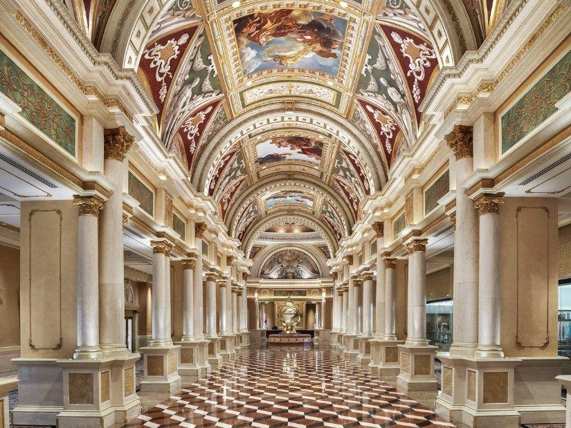 Top 16 hotels in Las Vegas