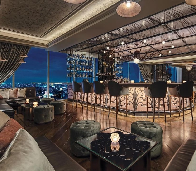 Elegant Modern Interior Design Bar by Avroko