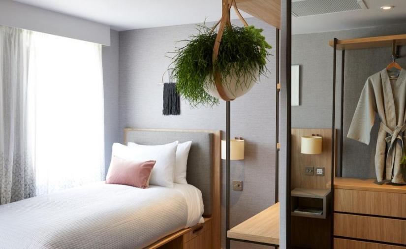 Inhabit Hotel Single Bedroom