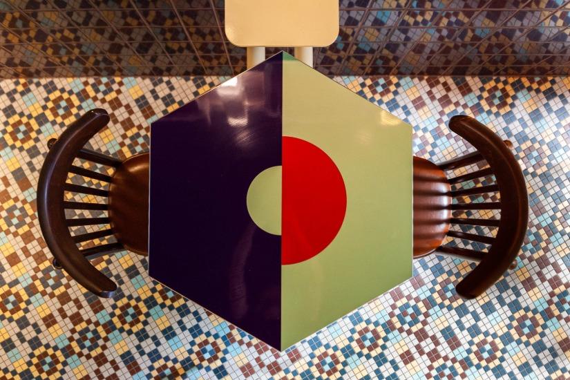 Pattern tiles Vinvinvin bar