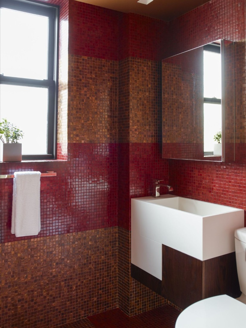 Red tiles bathroom