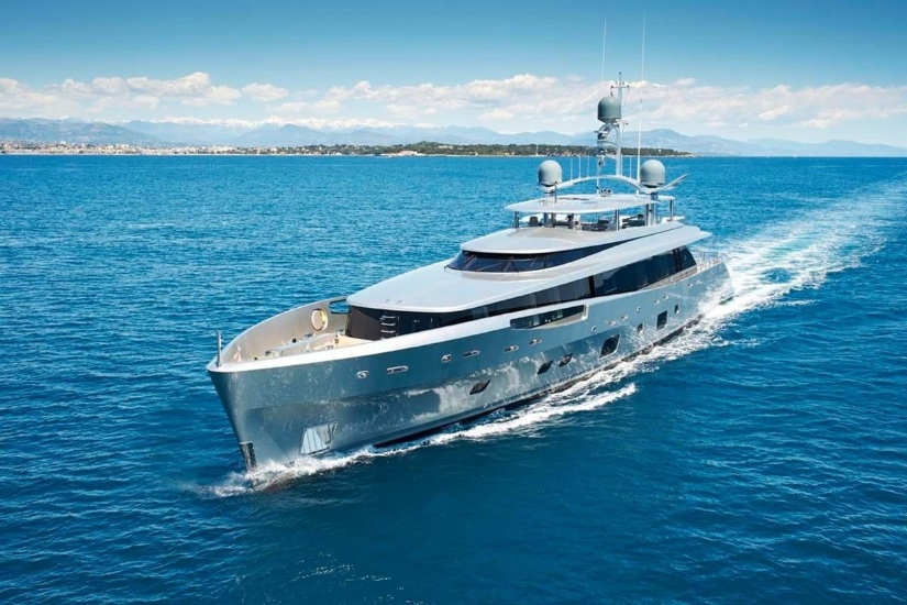 Lady May Superyacht