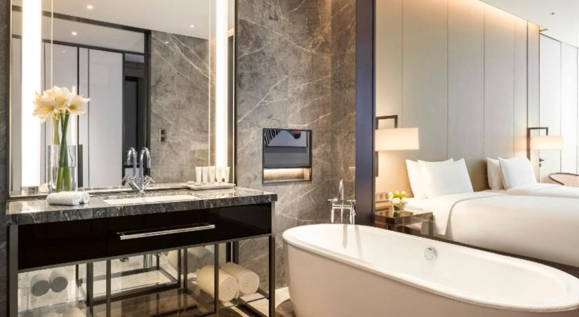 Chic hotel bathroom ideas