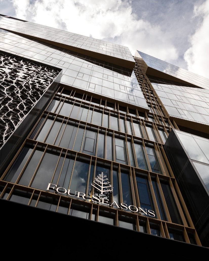 Global luxury hotel Four Seasons Montreal